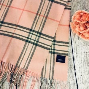 Lord & Taylor Scarf with fringe pink soft warm